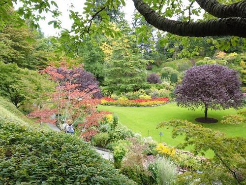 3-1379493462-1-sunken-garden